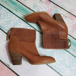 Nine West | Hippy Chic Boots | 9.5